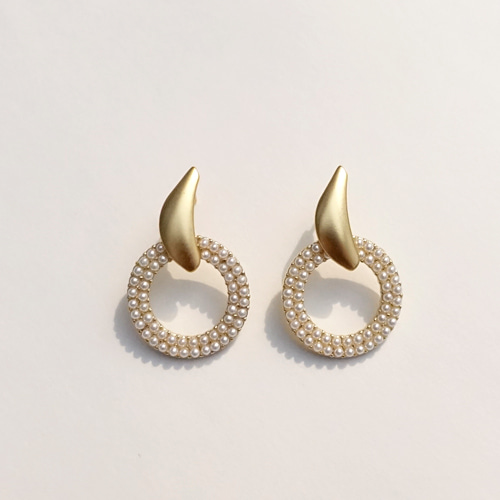 EARRINGS CREAM PEARL